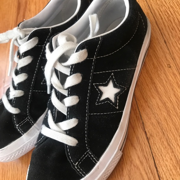 Converse Shoes   Converse One Star Size